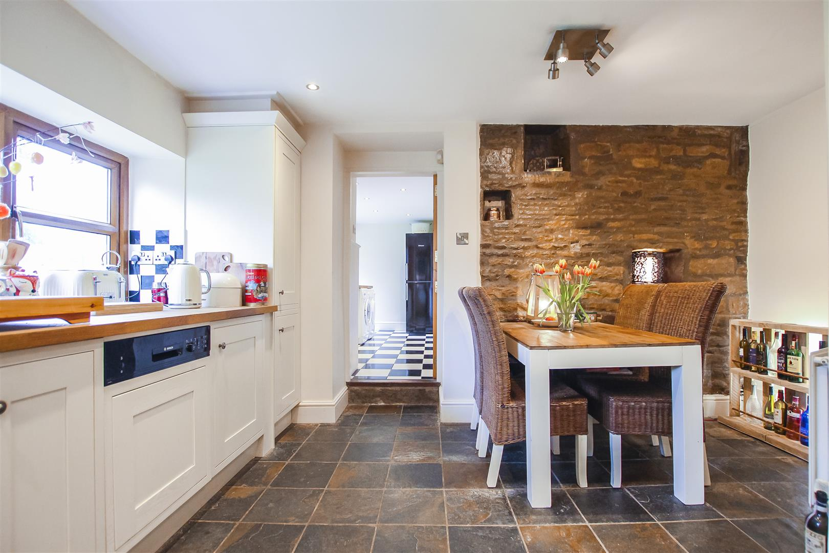 4 Bedroom Farmhouse For Sale - Image 30